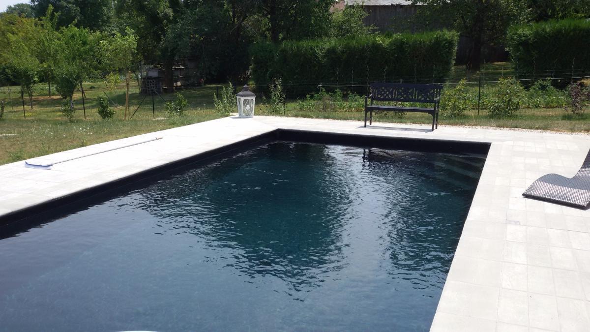 Pose de liner, plage de piscine